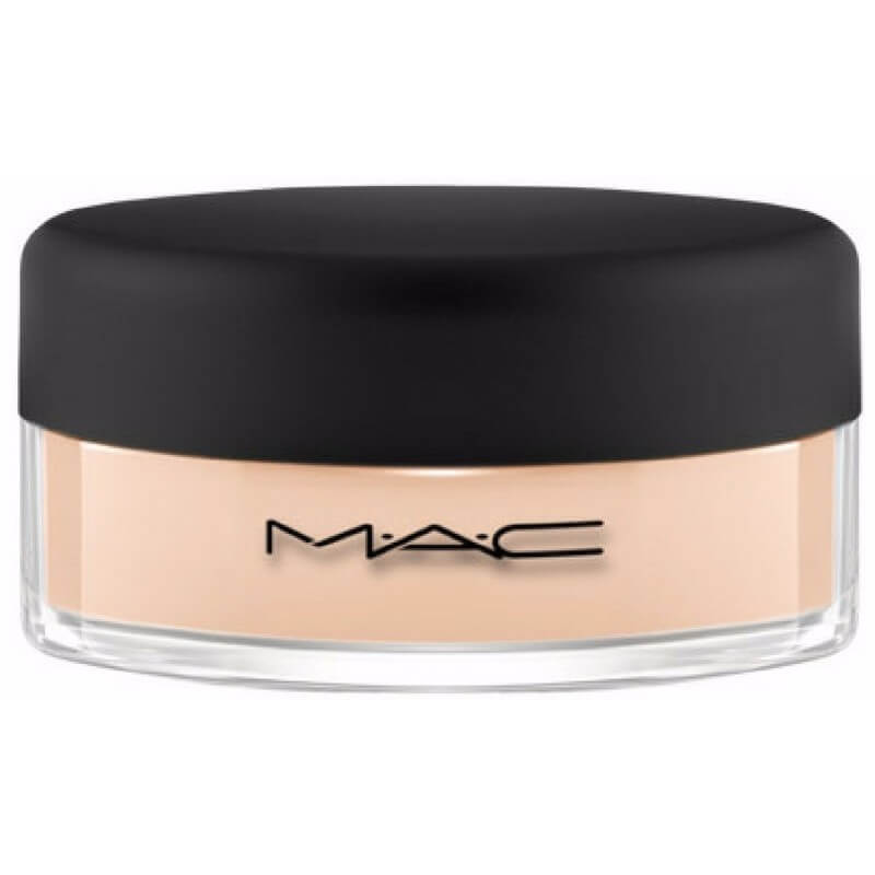 Test af MAC Mineralize Loose Foundation 9,5 g - Silkeblød mineralfoundation i pudderform